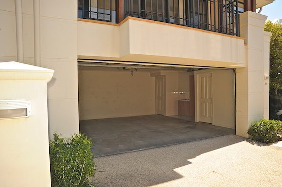spacious lock up garage